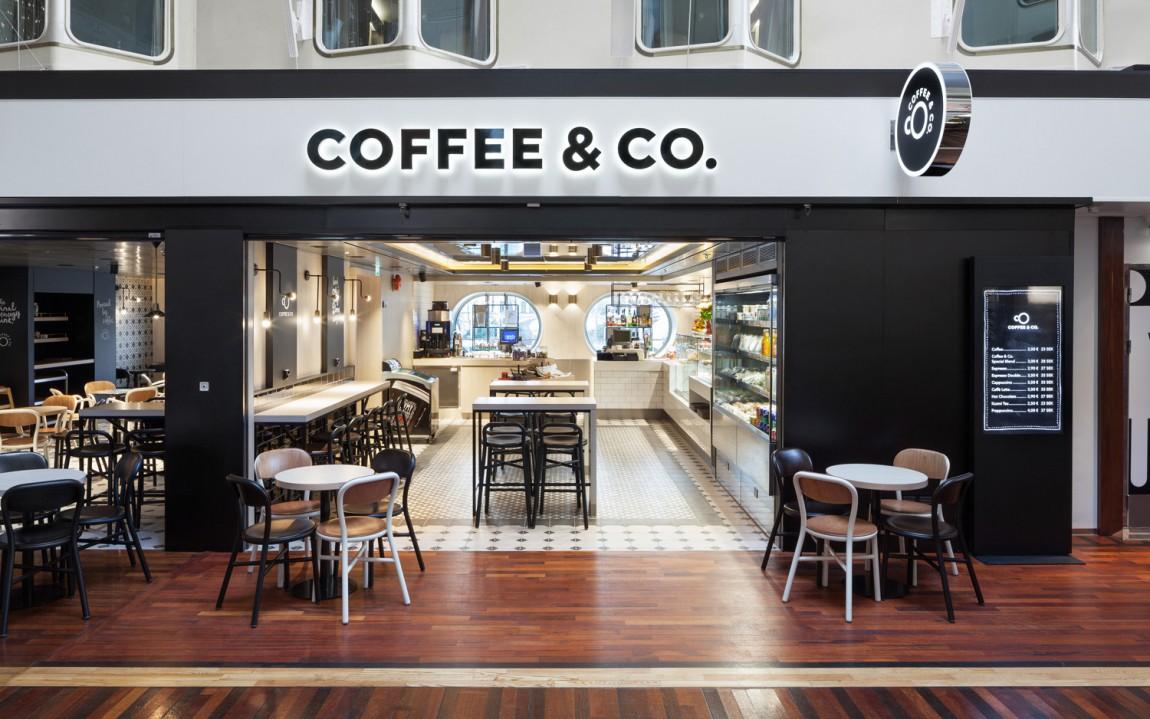 Coffee & Co.创意品牌logo设计:店面设计