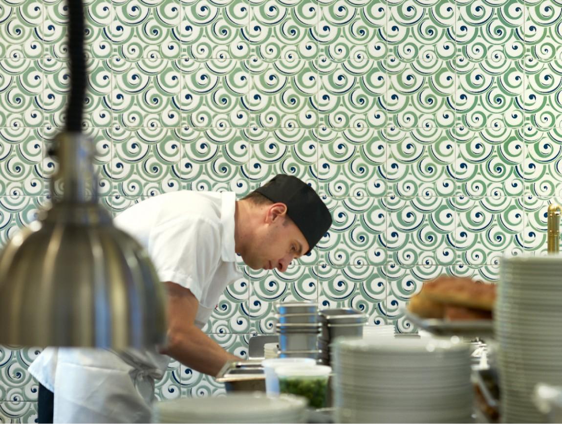 咖啡酒吧餐厅多功能餐饮品牌vi设计,品牌摄影