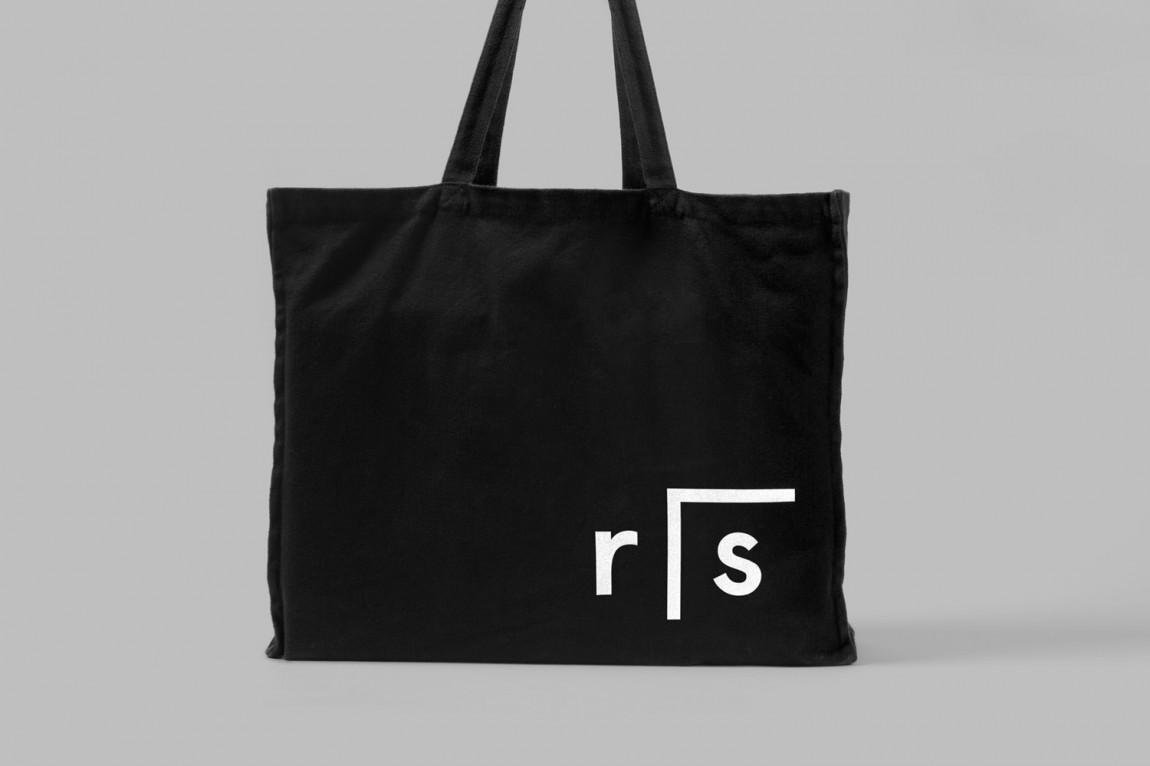 RIS的新logo设计,手提袋