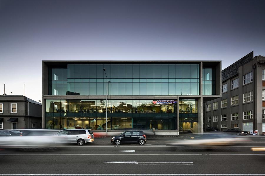 奥克兰建筑公司Haydn企业VI设计,户外招牌设计