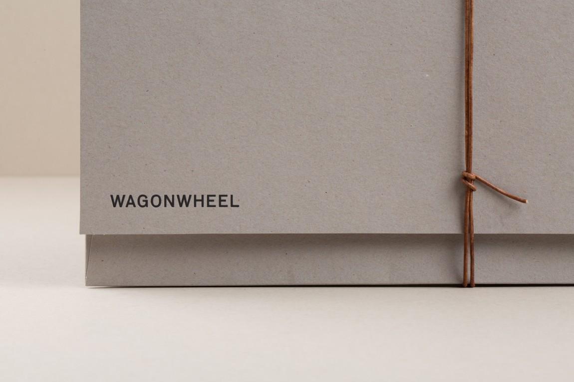 精品房地产公司Wagon Wheel现代企业形象设计, 企业画册设计