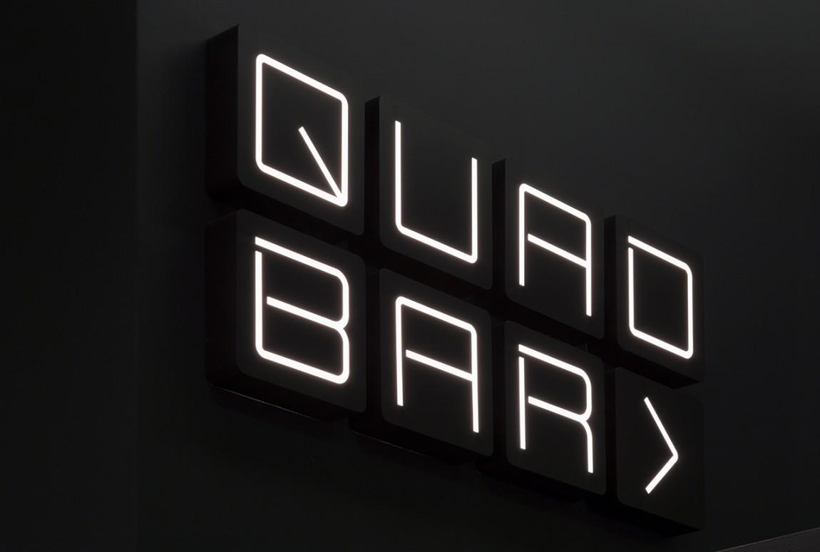 Quad Cinema影院品牌形象设计全案,户外标识牌设计