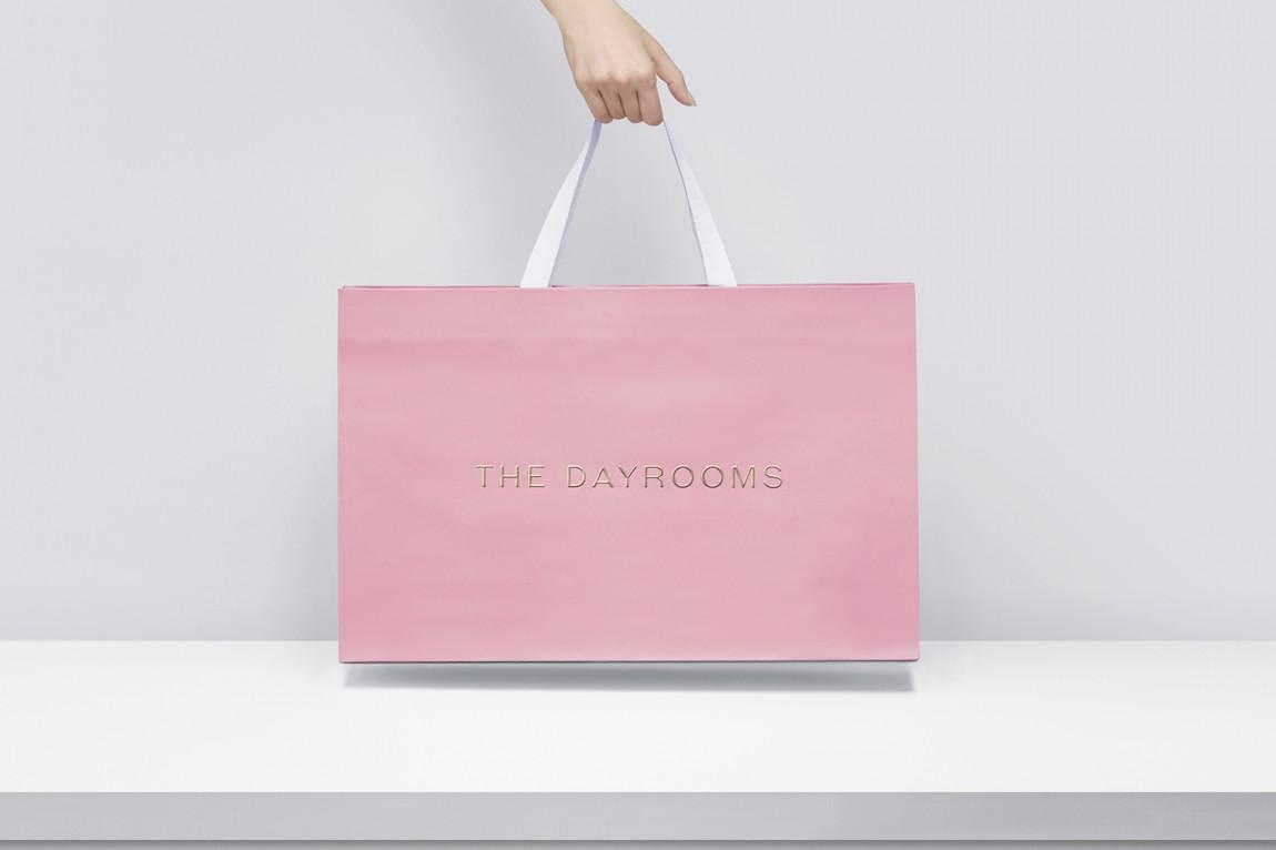 Dayrooms服装VI设计,手提袋设计