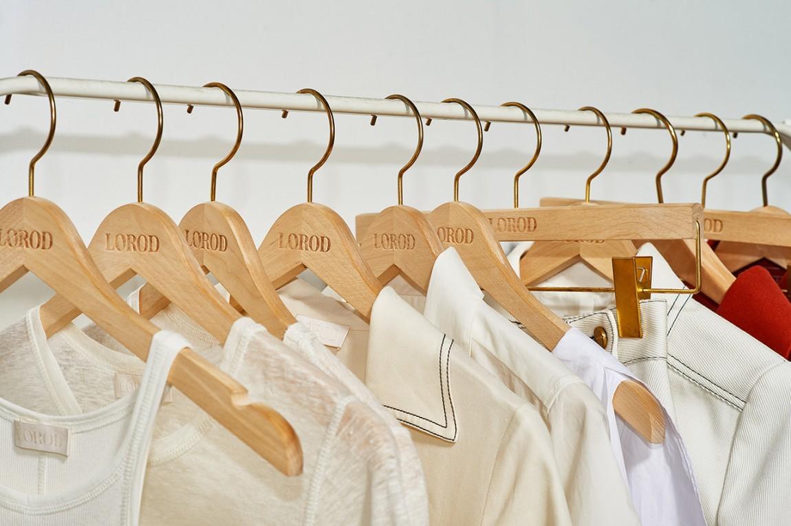 美国时尚服饰品牌Lorod服装品牌设计,衣架设计