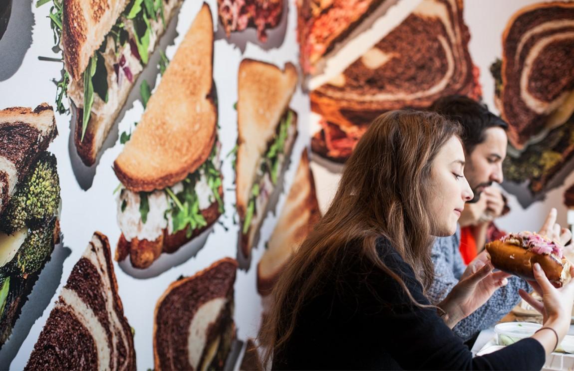 快餐连锁企业On Rye餐饮品牌全案设计,品牌摄影
