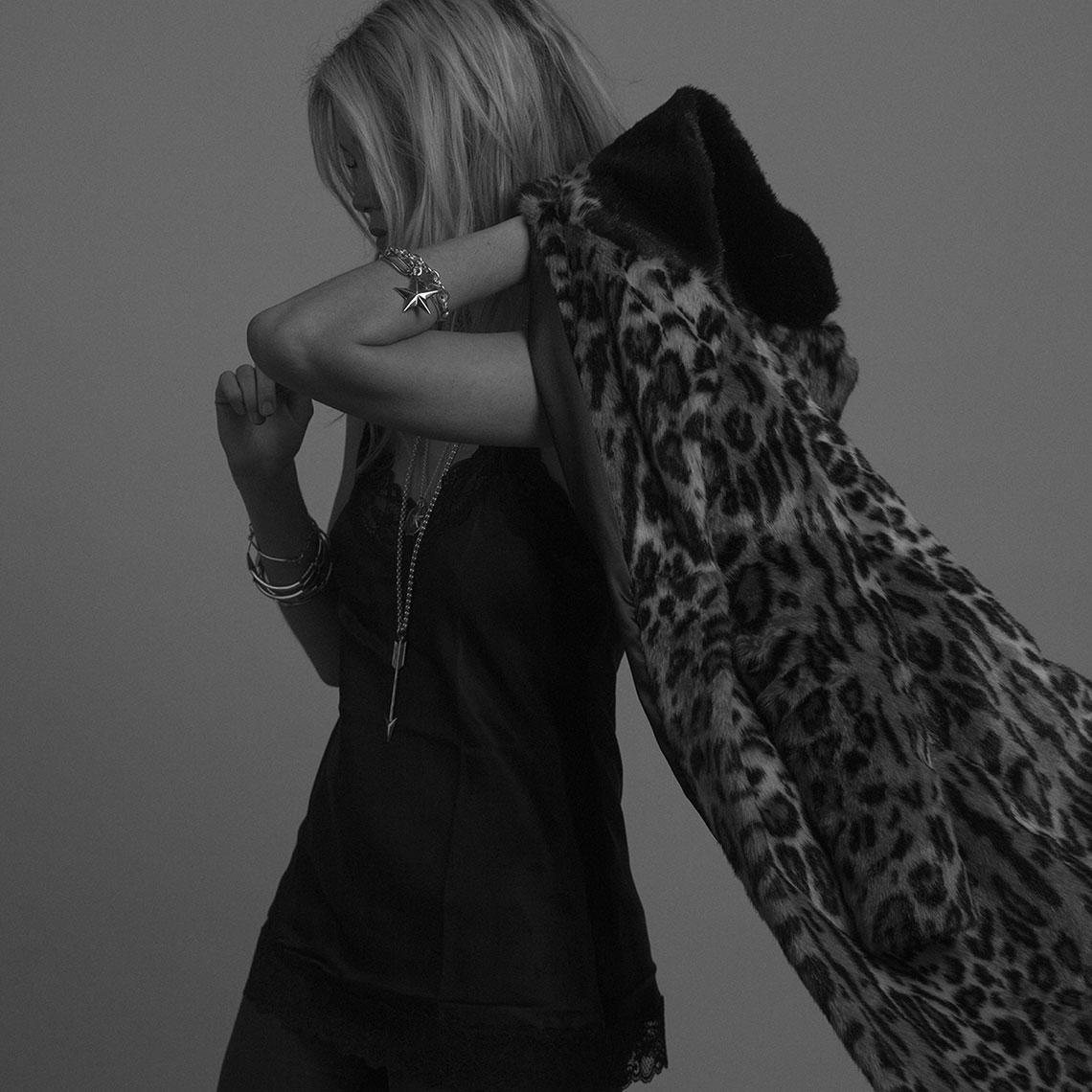Tilly Sveaas珠宝VI设计,模特摄影
