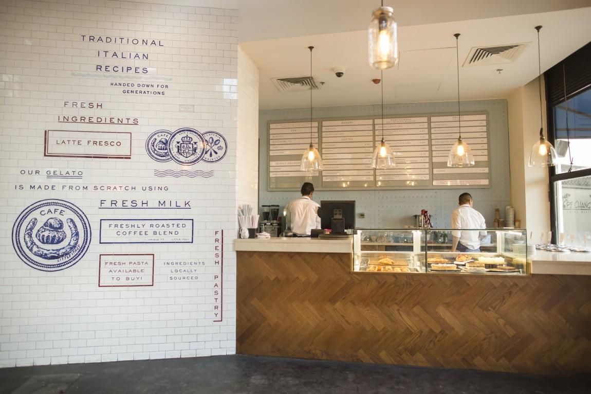 Little Italy意大利餐厅VI设计,接待台设计