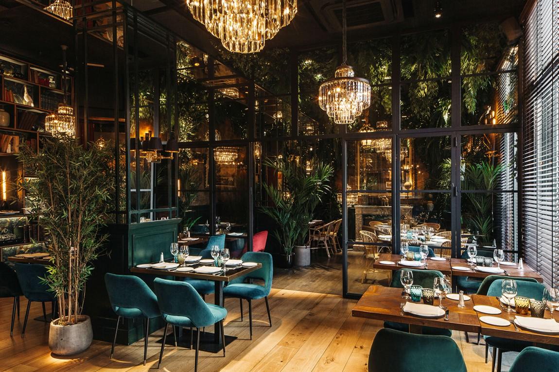Feroz餐厅与俱乐部品牌形象设计,空间设计