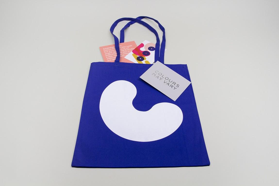 Colours May Vary创意空间视觉传达设计(视觉识别系统设计),手提袋设计