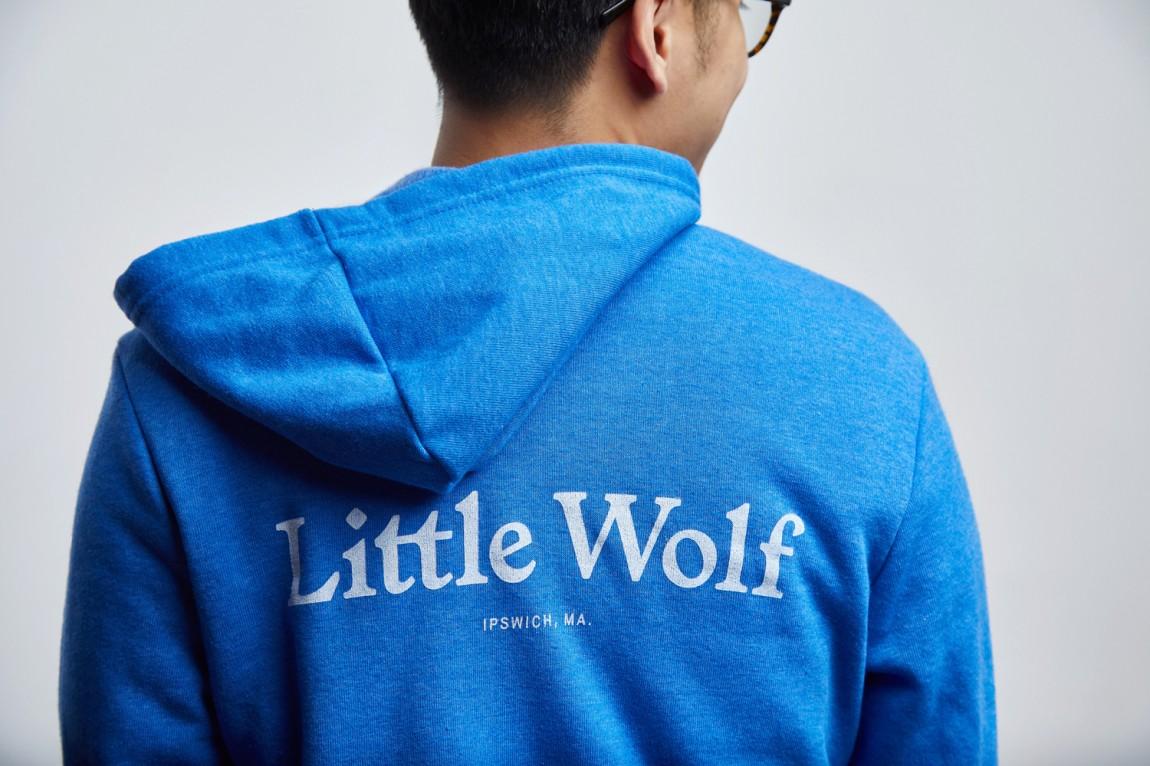 如何提升品牌形象?Little Wolf烘焙工坊咖啡馆品牌vi设计,服装设计