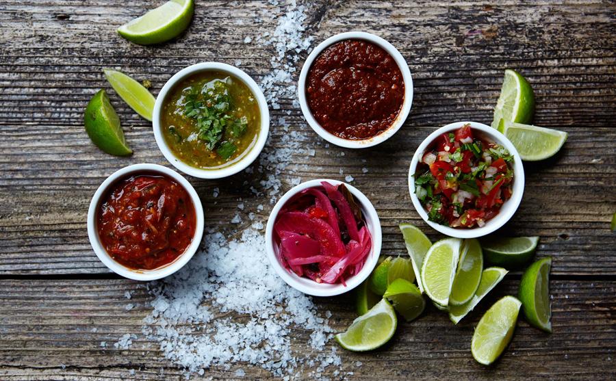 4A广告公司分享:热情和疯狂墨西哥餐厅vi设计创新设计,菜品摄影