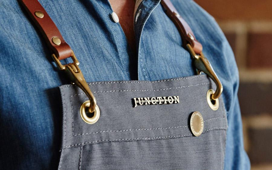 Junction酒吧餐厅品牌设计,围裙设计