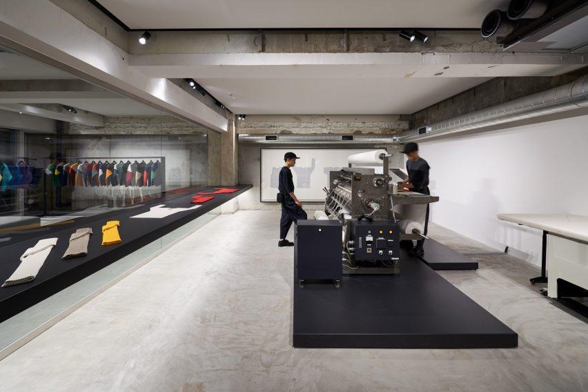 东京男装Plisse的旗舰店空间设计,充满有趣和惊喜