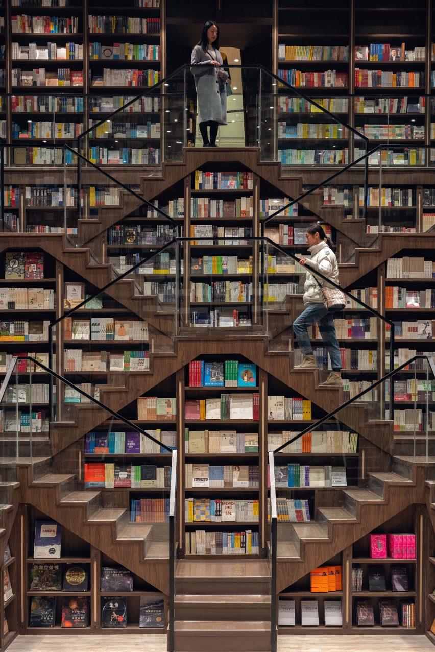 重庆佐迪广场创意书城书店空间设计,沉浸在书籍和思想中