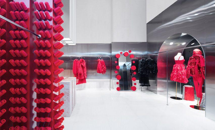 服装品牌概念店空间设计,传统与反叛的平衡