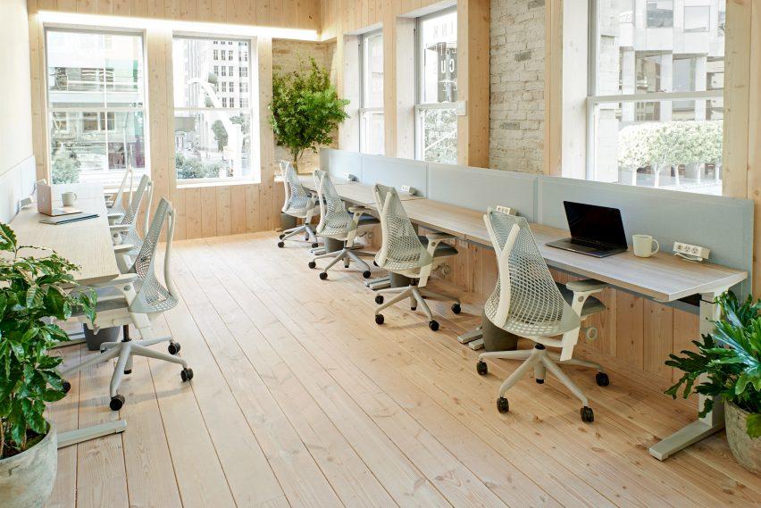 为专业人士和企业家提供前瞻性思维的高级联合办公空间设计