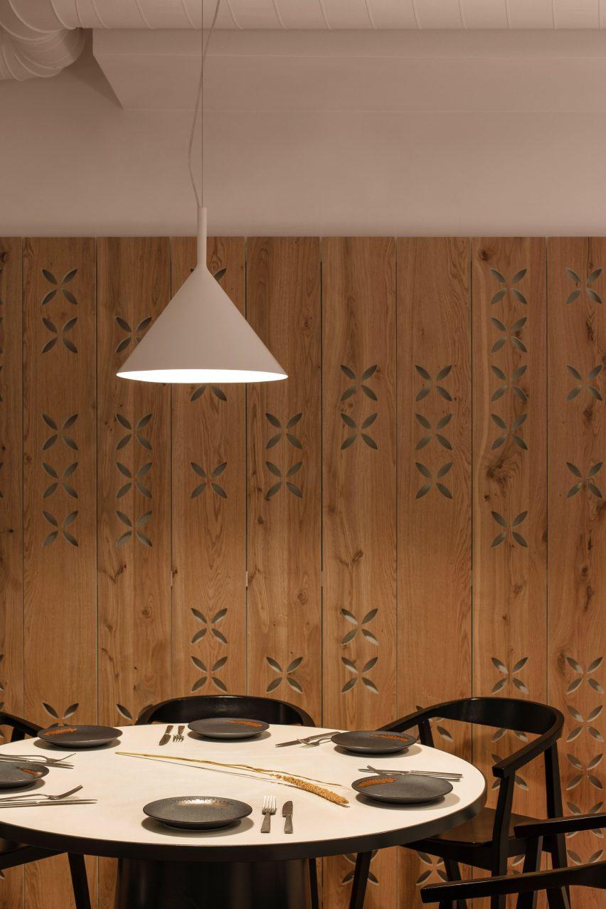 大型饭店空间设计装修,童话森林主题餐厅设计