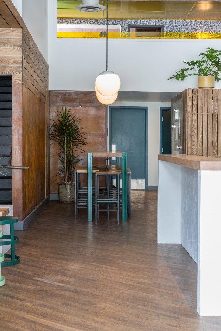 Elda酒吧空间设计