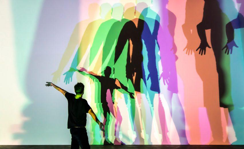 泰特现代美术馆(Tate Modern)回顾展览展厅设计