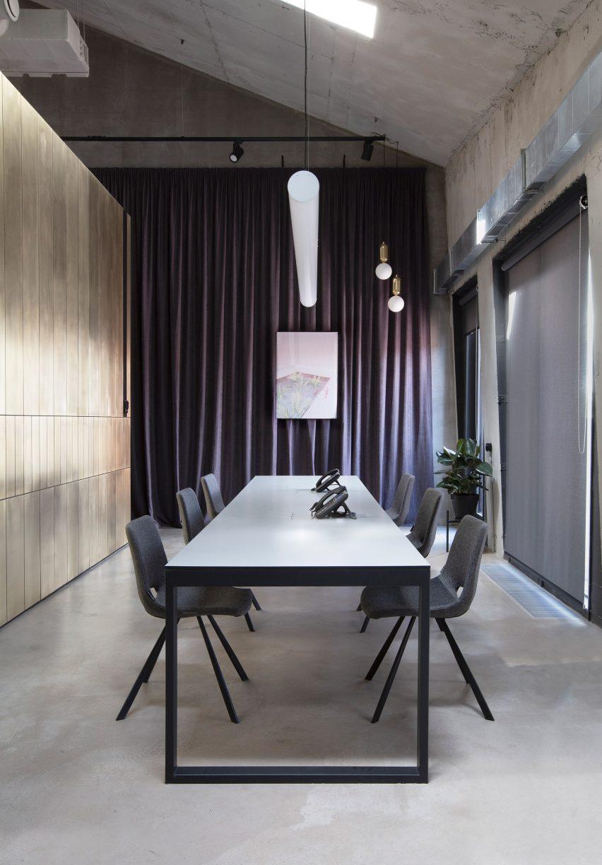 亚历山大沃尔科夫建筑师事务所办公室设计