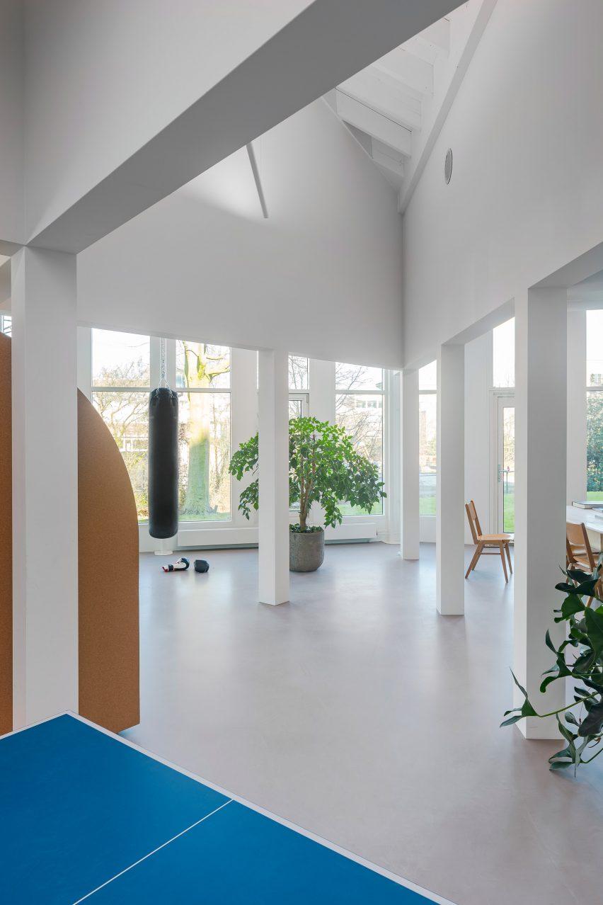 阿姆斯特丹Flowpolis地产公司办公室空间设计