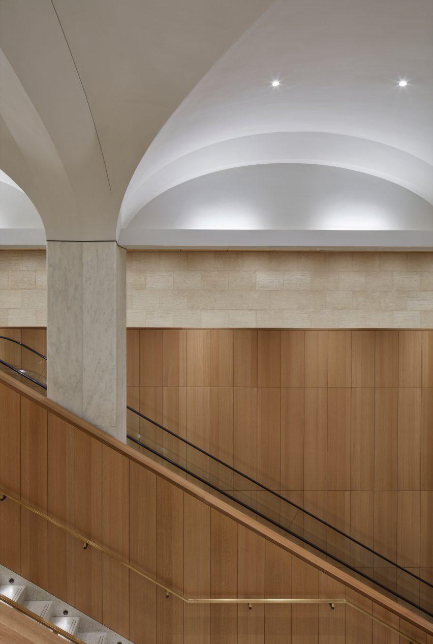 渥太华地下游客中心公共入口空间设计