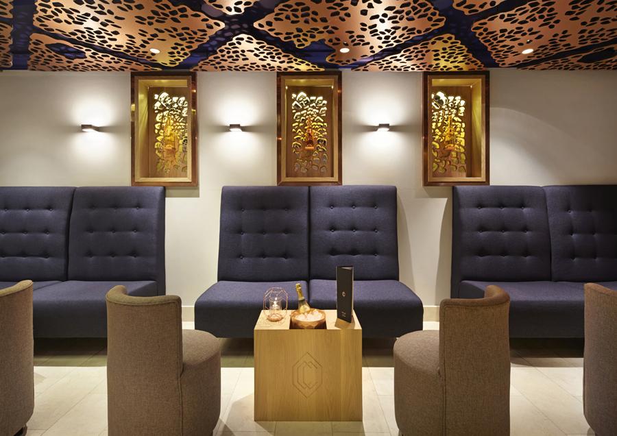 伦敦CCBar酒吧品牌形象塑造vi设计,酒吧空间设计