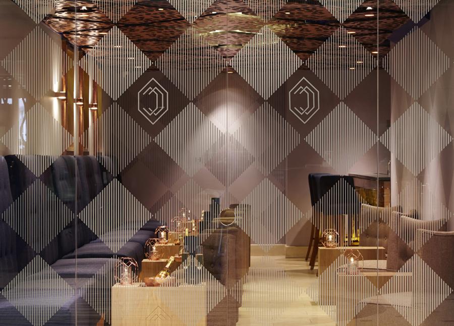 伦敦CCBar酒吧品牌形象塑造vi设计,酒吧室内设计