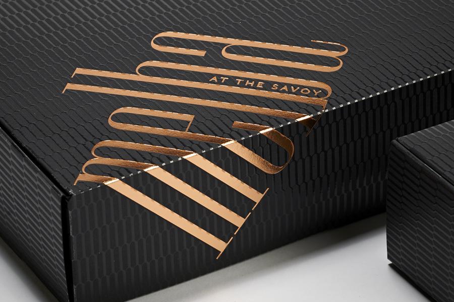 轻食咖啡馆Melba品牌形象策划,品牌形象设计,包装设计特殊工艺应用