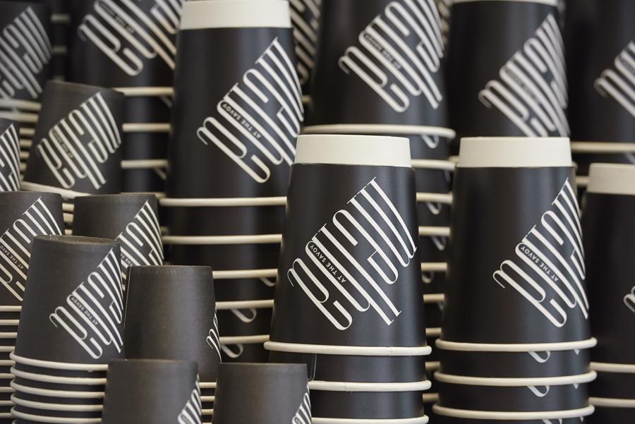 轻食咖啡馆Melba品牌形象策划,品牌形象设计,纸杯设计