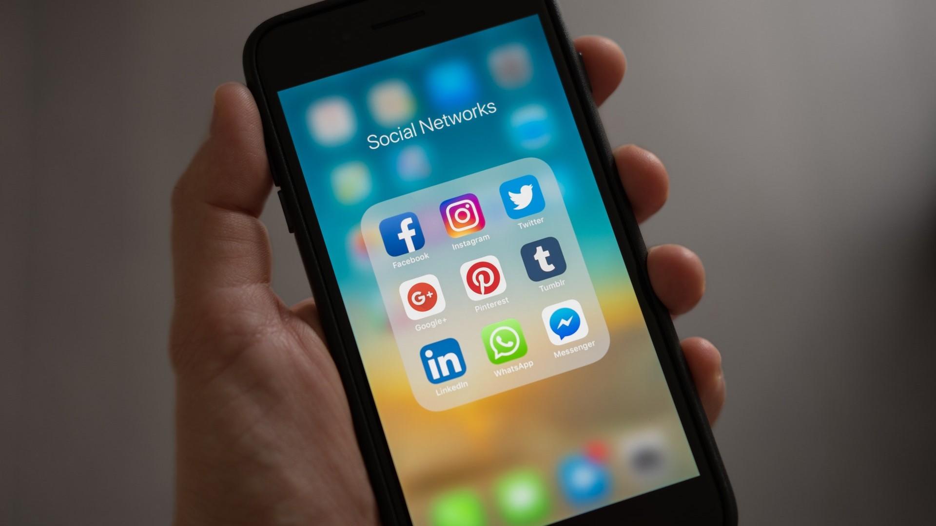 互联网社交媒体logo设计原则演变分析,我们能从中学到什么?