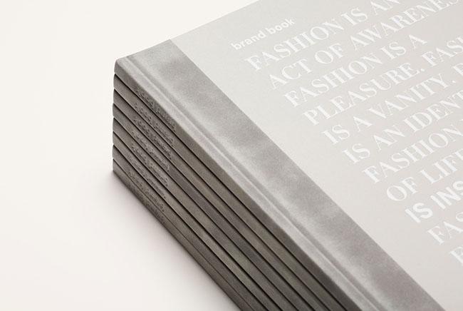 惠州画册设计:Uterque品牌画册设计欣赏