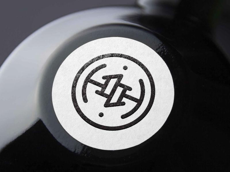 沈阳商标设计公司分享:创意家具国外商标设计