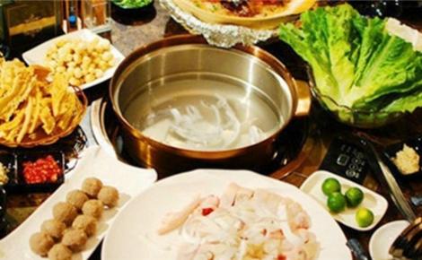 竹乡味鸡煲
