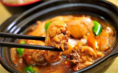 锅锅香黄焖鸡米饭